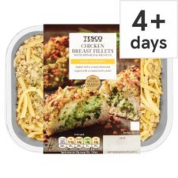 Tesco Spinach & Ricotta Chicken Breast 2 Pack 360G offer at £3.75