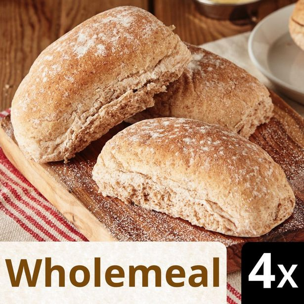 Iceland 4 Wholemeal Deli Rolls offer at £0.75
