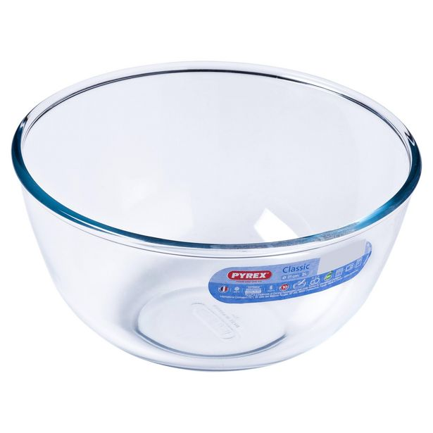 Pyrex Classic 2L Bowl offer at £3