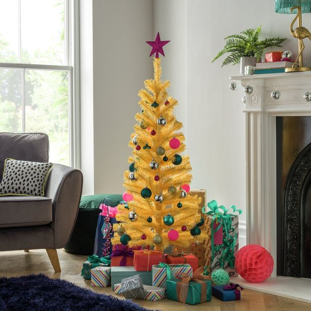 Argos Home 4ft Christmas Tree - Yellow offer at £9