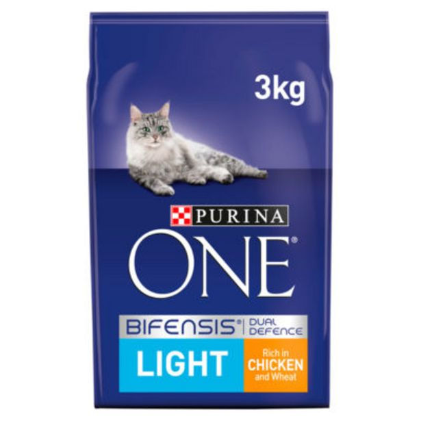 Light Dry Cat Food Chicken and Wheat offer at £11