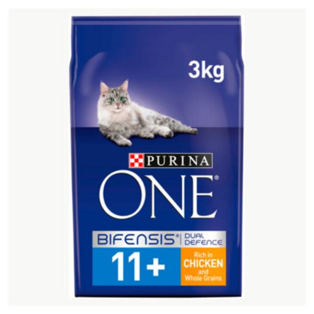 Senior 11+ Cat Chicken and Wholegrain offer at £11