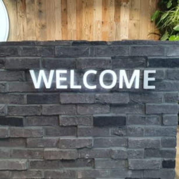The Brick Tile Company Brick Slips Tile Blend 109 Black - Box of 35 offer at £45.36